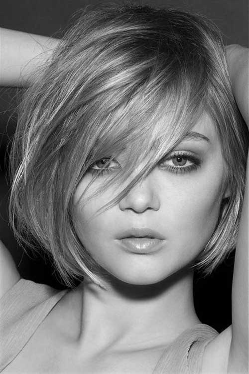 Thick-Short-Bob-Hairstyle-with-Bangs Best Ways to Sport Bob Hairstyles with Thick Hair