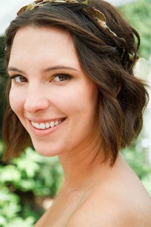 Wedding-Pinned-Bob-Wavy-Hair-Idea Best Wedding Bob Hairstyles You will Look Like Princess