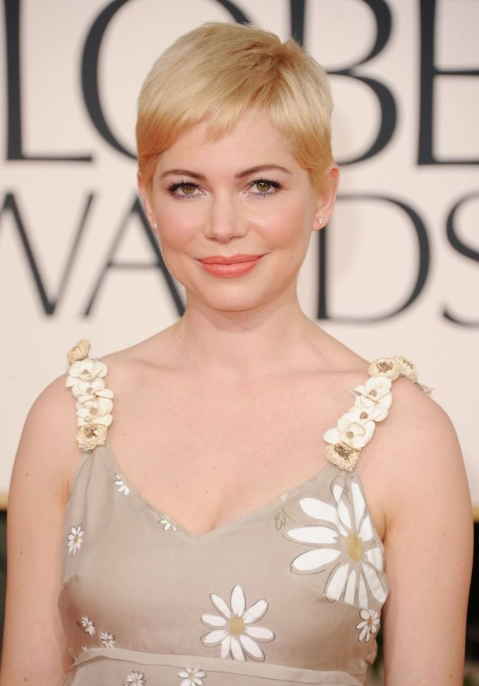 cropped-cut 12 Prettiest Short Hairstyles for Round Faces