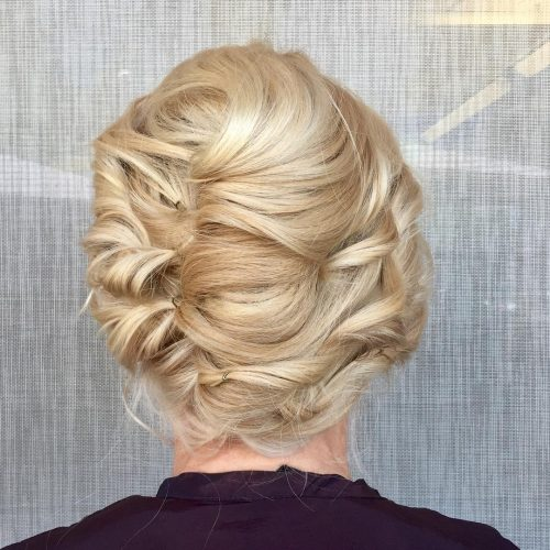 modern-french-twist 10 Gorgeous Prom Hairstyles For Long Hair