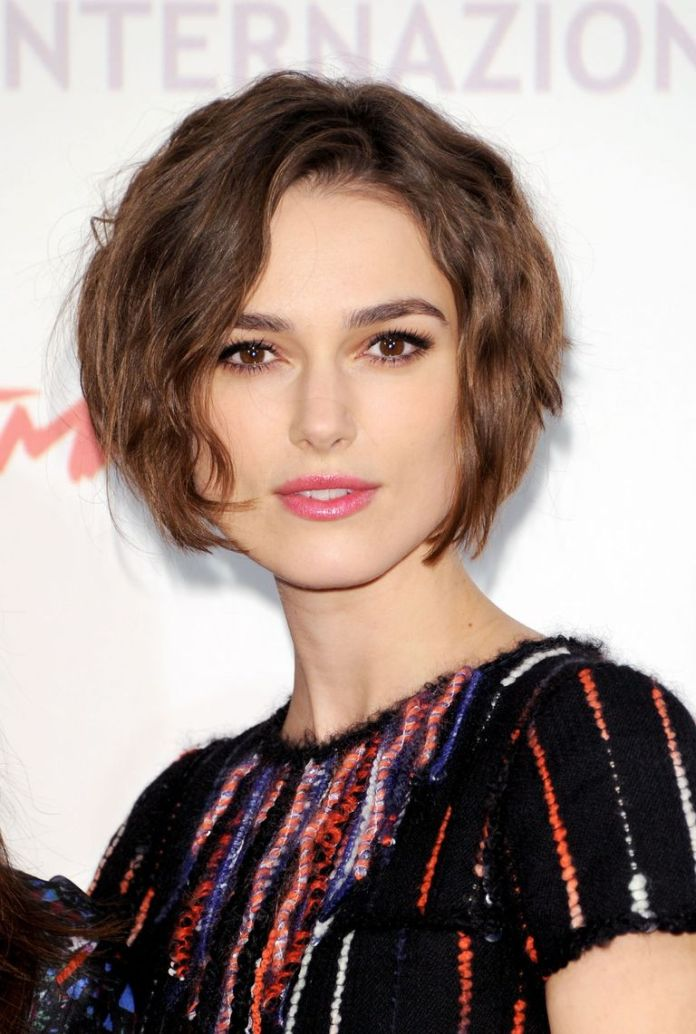 Chin-Length-Bob-Cut 20 Short Layered Hairstyles to Look Beautiful