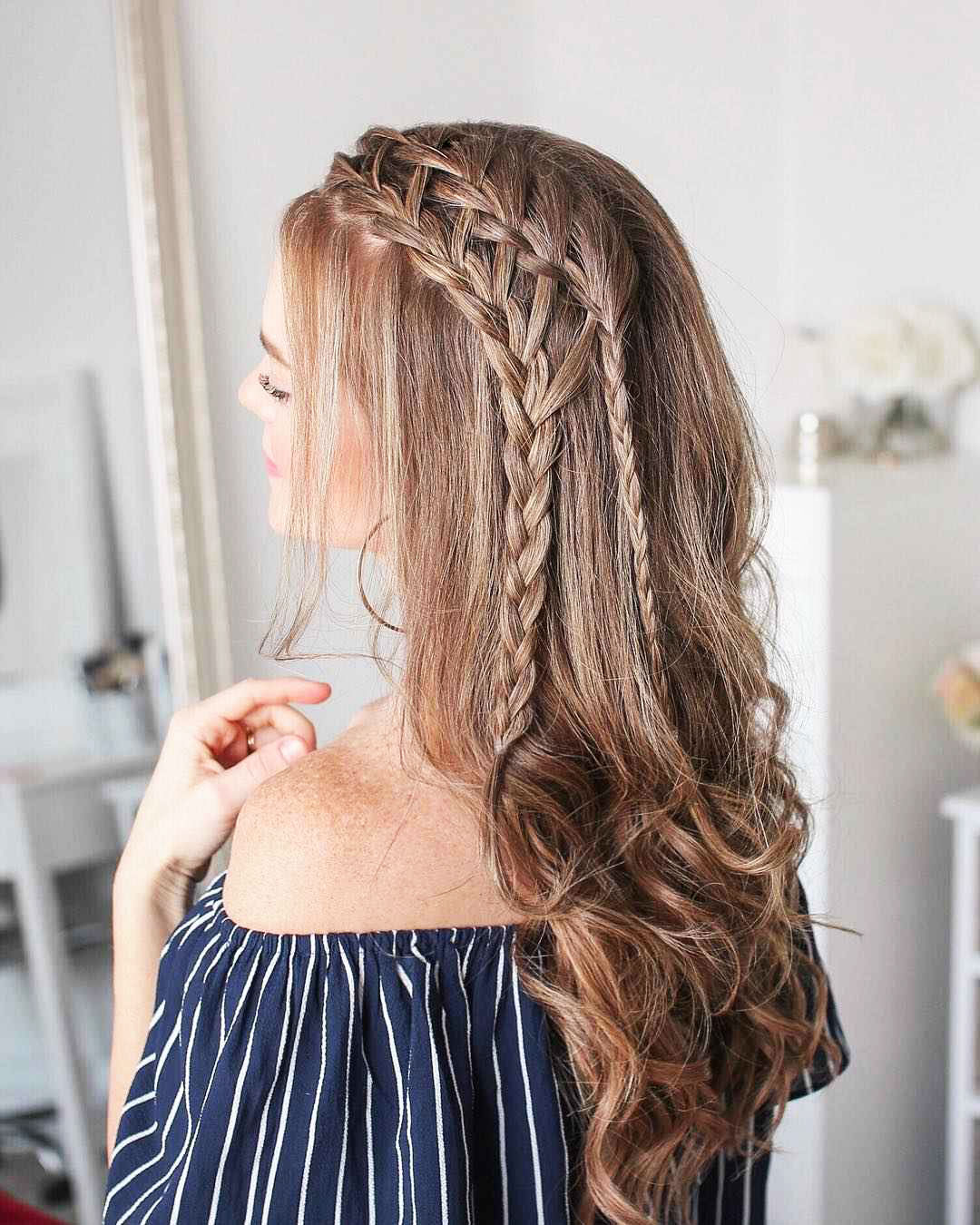 Double-Dutch-Side-Braids 25 Prom Hairstyles 2020 for an Exquisite Look
