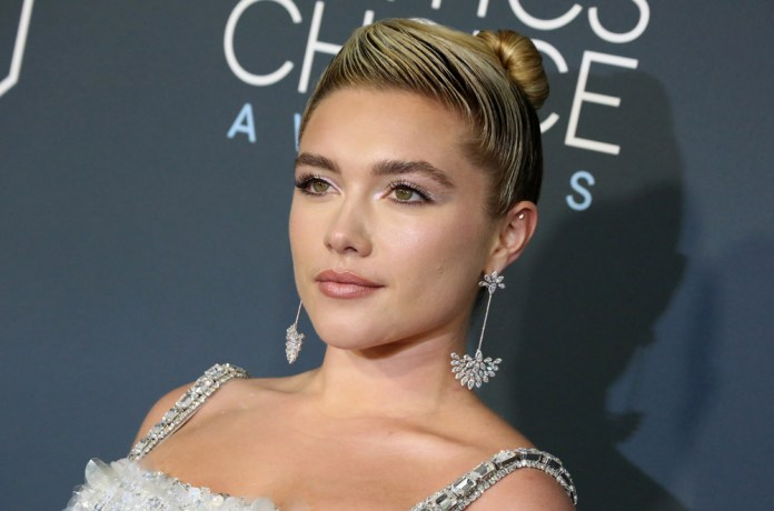 Gelled-Short-Bun Hair Trends 2020 – 30 Hairstyles to Glam Up Your Look