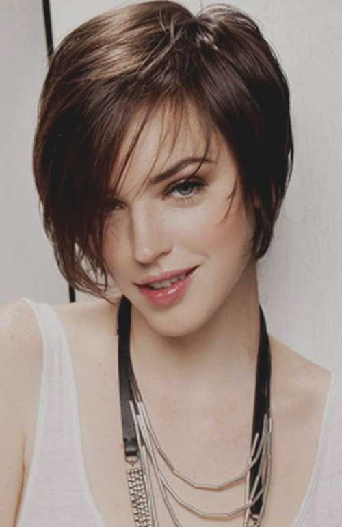 Layered-Short-Bob-Haircut 20 Layered Short Haircuts for Women
