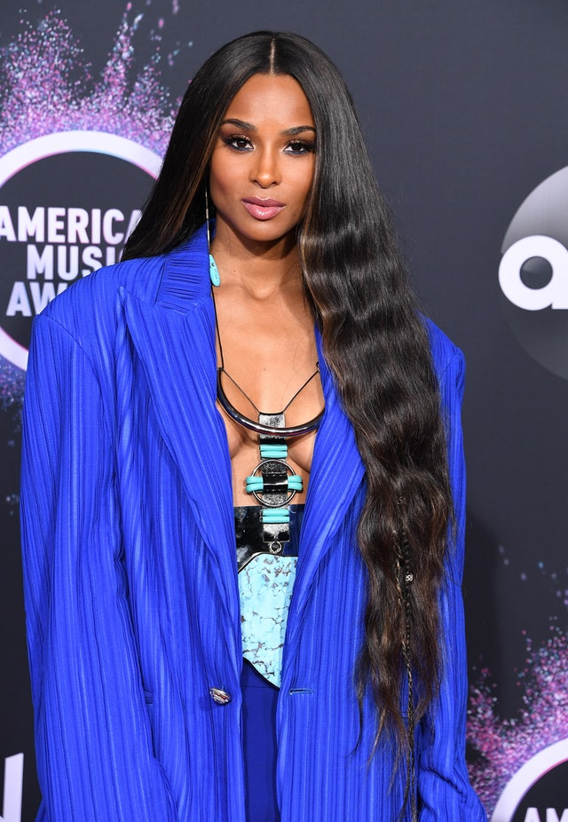 Luscious-Long-Loose-Waves Hair Trends 2020 – 30 Hairstyles to Glam Up Your Look