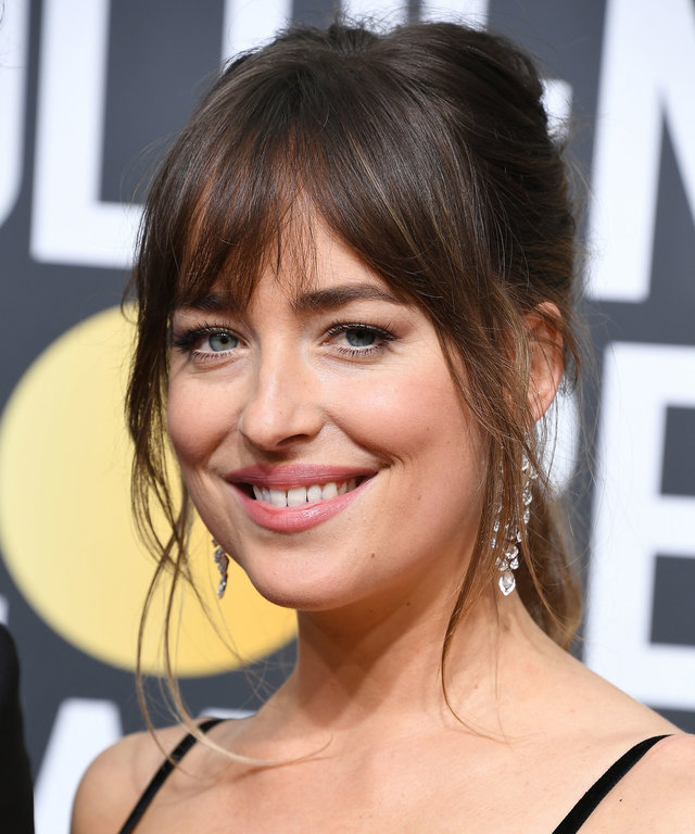 Medium-Bangs-for-Long-Hair 15 Hairstyles with Bangs for an Ultimate Gorgeous Look