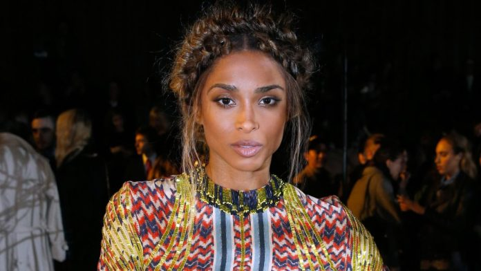 Queening-Halo-Braids 21 Halo Braids to Uplift Your Overall Appearance