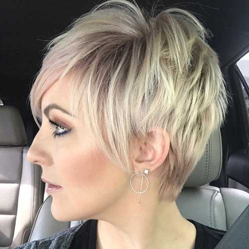 Short-Blonde-Pixie-Cut Best Short Layered Haircuts for Women