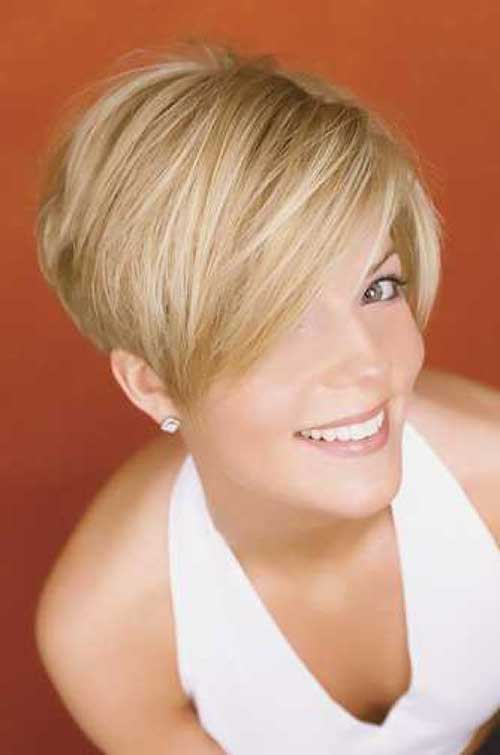 Short-Hairstyle-with-Razor-Cuts 20 Layered Short Haircuts for Women