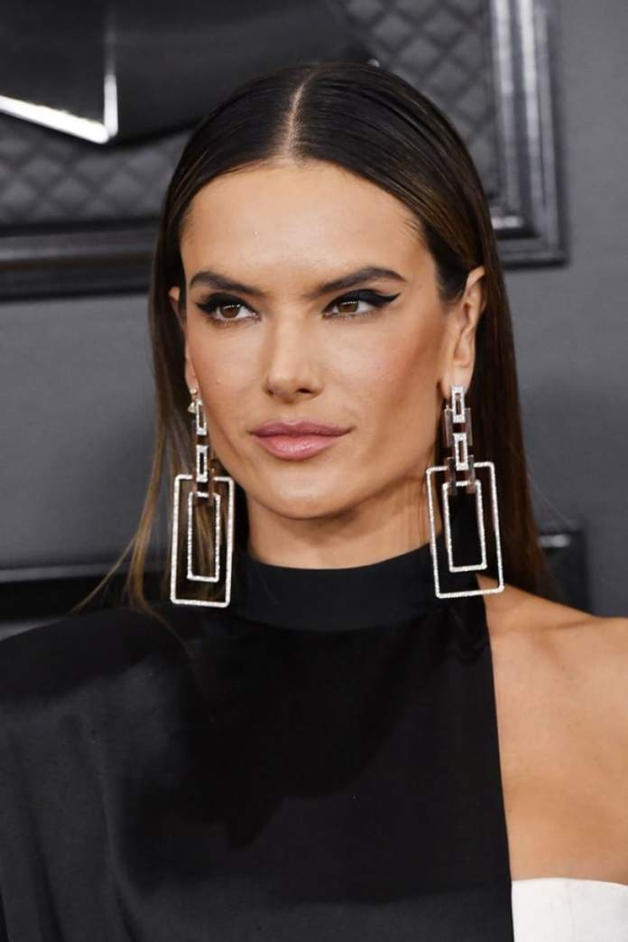 Sleek-Party-Formal-Looks Hair Trends 2020 – 30 Hairstyles to Glam Up Your Look