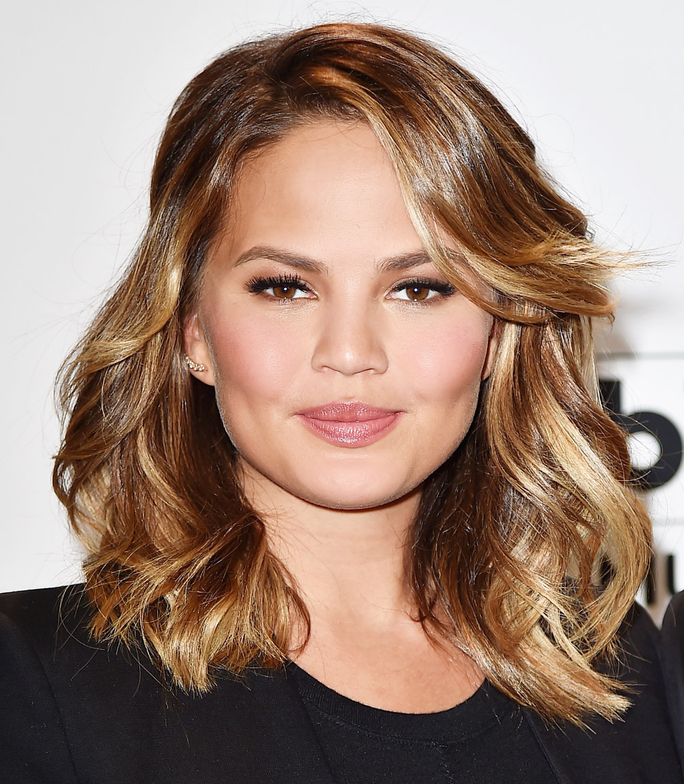Wavy-Blonde-Hair How to Choose the Best Haircut for Your Face Shape