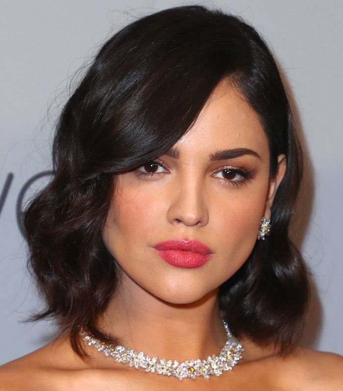 Wavy-Lob-Haircut How to Choose the Best Haircut for Your Face Shape