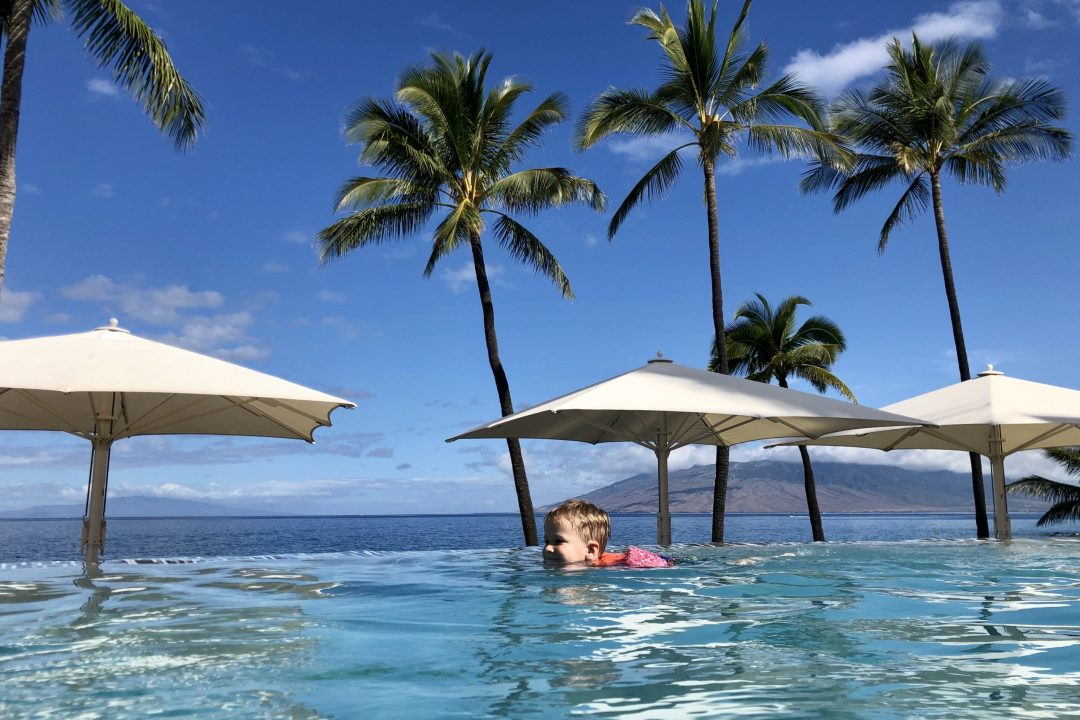 Infinity pool at Wailea Beach Resort by Marriott