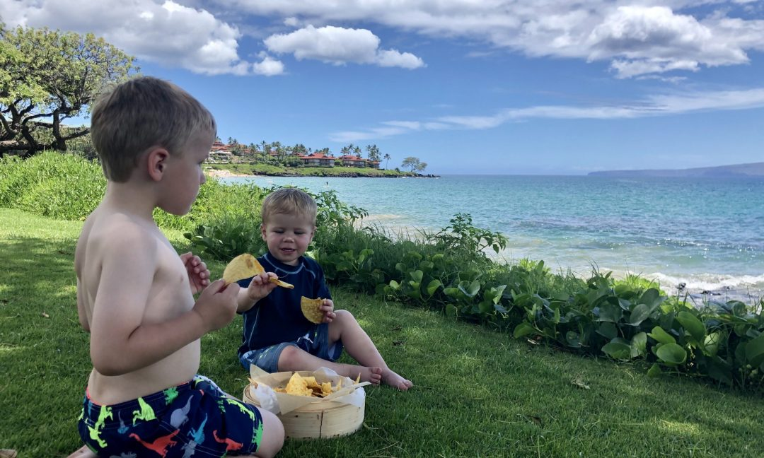 Beachfront dining at the Wailea Beach Resort by Marriott