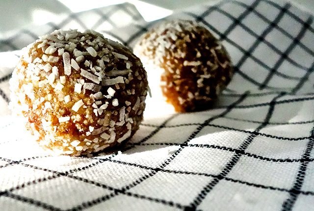 raw nut and date balls healthy vegan gluten free delicious snack