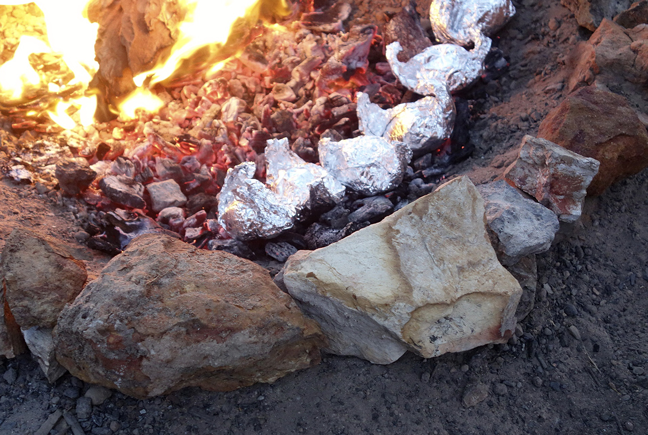 how to cook hot potatos in the camp fire