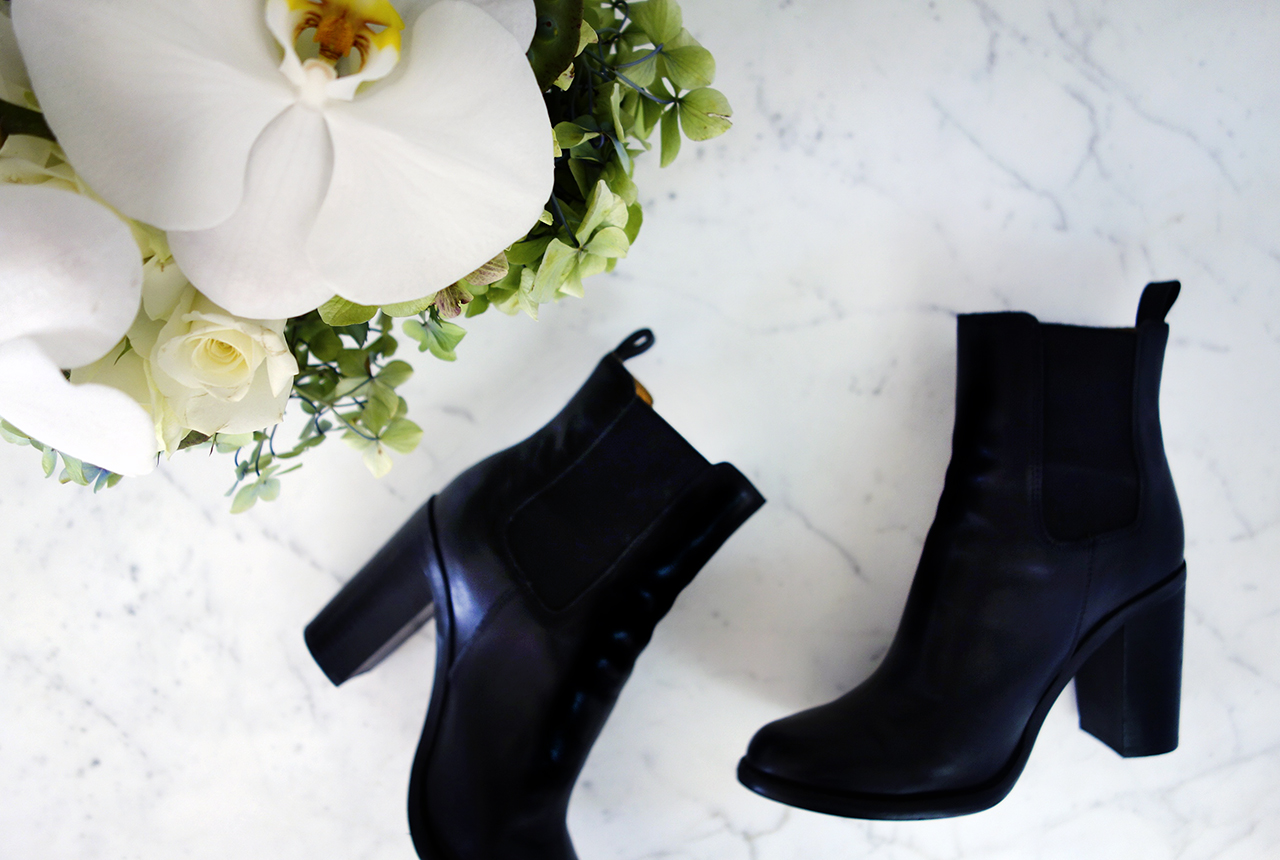 tony bianco Jorji blank ankle boots with elastic gussets