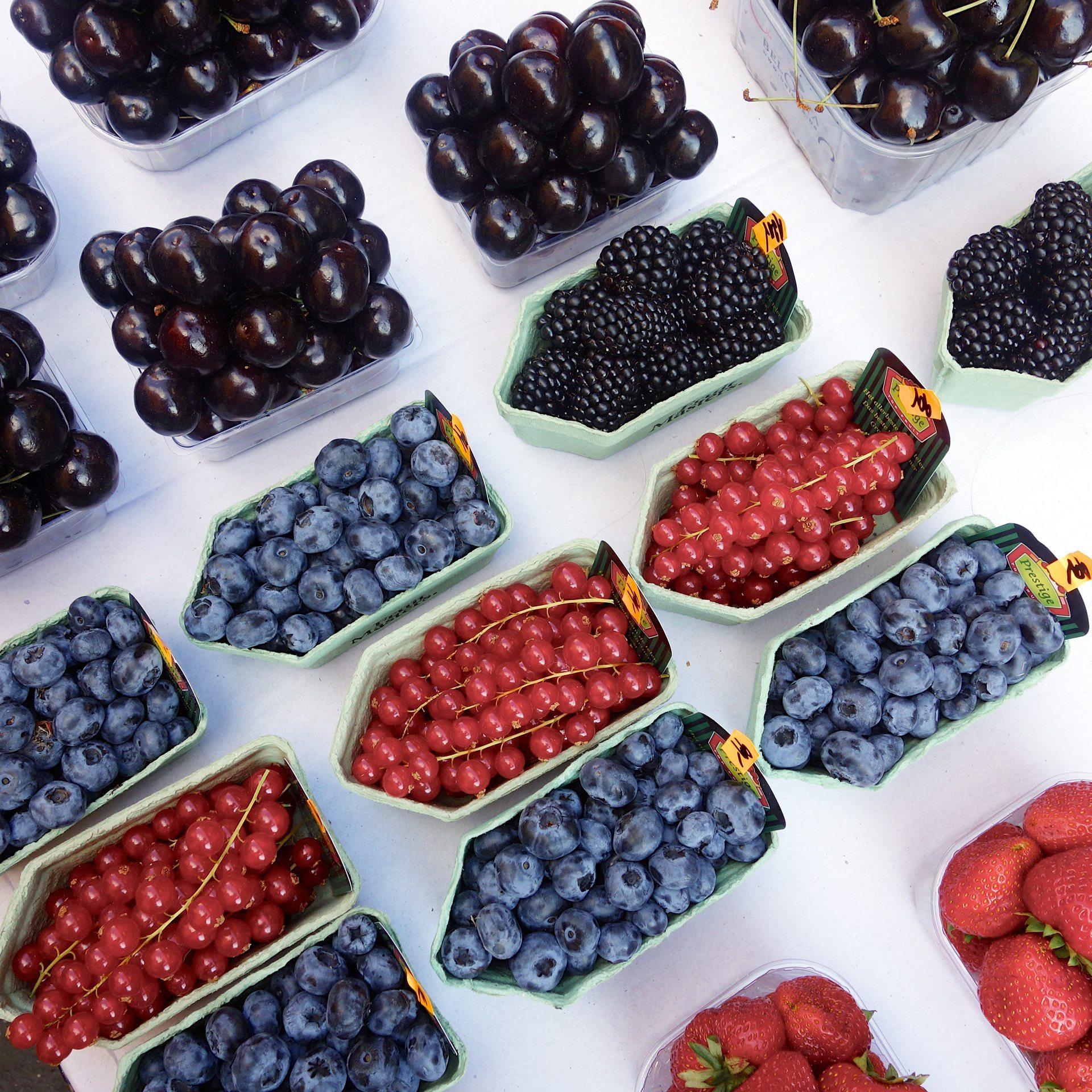 prage fruit stalls