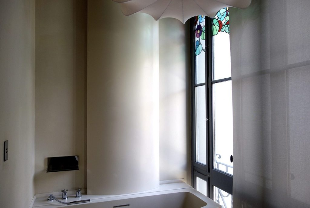 El Palauet Living Barcelona Luxury Hotel Apartments  Bathroom 1