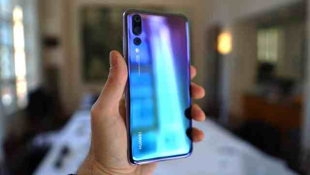 Huawei P20 Pro in Hand