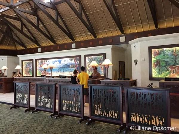 royal-pacific-lobby