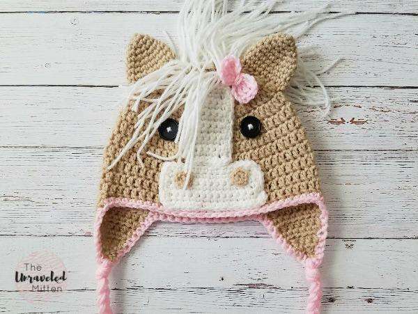 Callie Horse Hat | Free Crochet Pattern | Crochet Horse hat