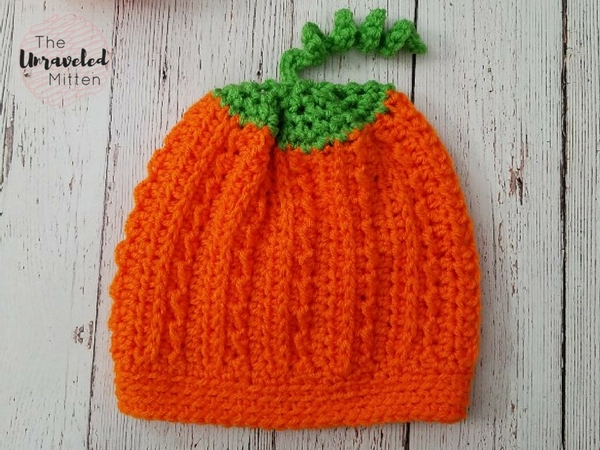 Pumpkin Hat | Free Crochet Pattern | The Unraveled Mitten