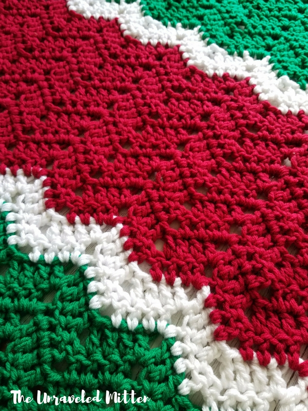 Merry and Bright Throw | Easy Crochet Pattern | The Unraveled Mitten