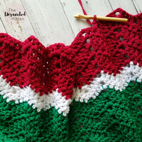 Merry and Bright Crochet Throw | Crochet Pattern | The Unraveled Mitten