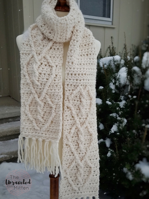 Hearts Entwined Chunky Cable Scarf Free Crochet Pattern