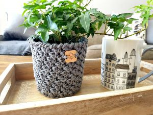 Julie Basket | Mother's Day Crochet Pattern Round Up by The Unraveled Mitten