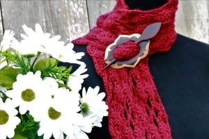 Autumn Red Scarf by Country Willows | Free Crochet Pattern | In Stitches #18