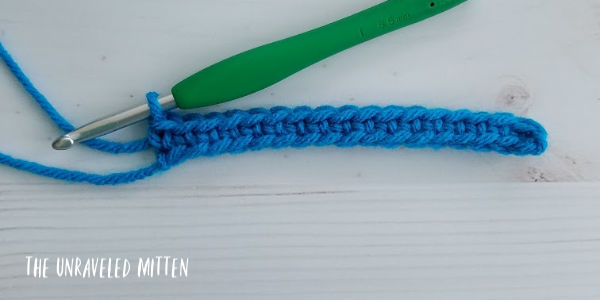 Boxed Block Crochet Stitch tutorial step 1 The Unraveled Mitten