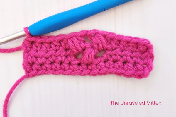 Tiny Flower Crochet Stitch Step 2 | The Unraveled Mitten