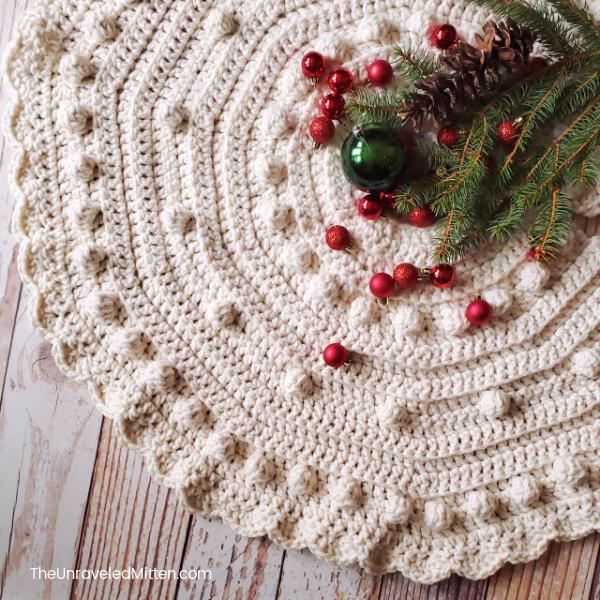 Chunky Crochet Christmas Tree Skirt