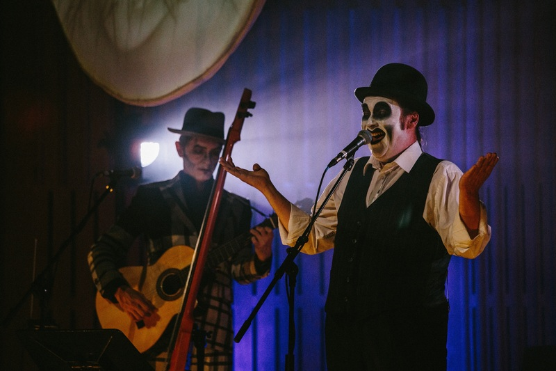 https://i2.wp.com/theupcoming.flmedialtd.netdna-cdn.com/wp-content/uploads/2016/07/the-tiger-lillies-picture.jpg
