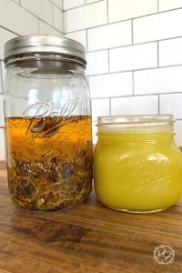DIY healing salve. This easy, natural, herbal DIY healing salve recipe can be customized to fit many needs and used for just about everything! Speeds healing, reduces pain, wards off infection all while being natural and homemade. #healingsalve #DIY #recipe #essentialoils #herbal #allpurpose #homemade #howtomake #sustainable #salverecipes #forpain