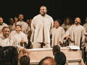 Kanye-West-Sunday-Service-choir-1200x900