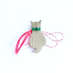 martisor-pisica-piele-naturala-sashaccessories