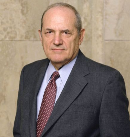 Steven Hill (94) Most famously known for his role as District Attorney Adam Schiff on Law and Order, died of Cancer on August 23, 2016.