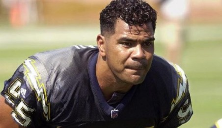 Junior Seau Age 43 NFL linebacker in the NFL whose career led him to multiple teams. Seau retired from the NFL in 2010. Junior Seau shot himself in his home in 2012. In 2013 it was discovered that Seau's brain showed signs of CTE (chronic traumatic encephalopathy)