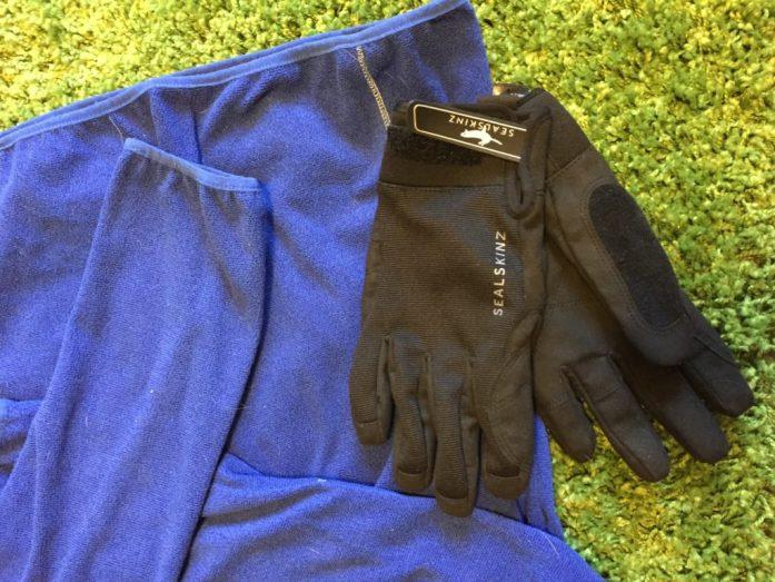 November Favourites | Currenly Loving November | Outdoor Blogger Manchester | Autumn Kit | Sarah Irving | The Urban Wanderer | Sealskinz Dragoneye Gloves