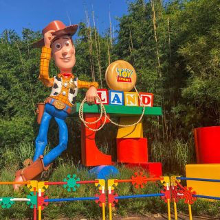 toy story land, walt disney world, hollywood studios, walt disney world in one day