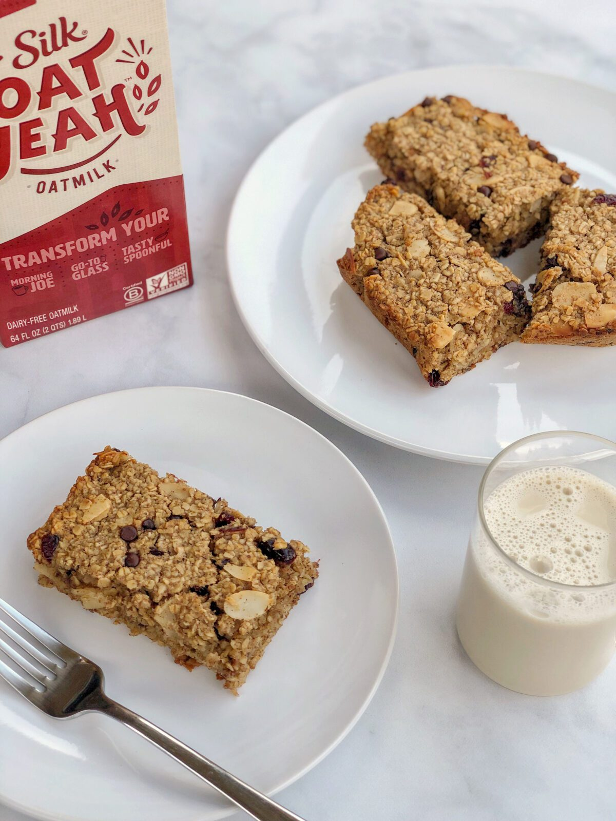 Silk-OatMilk-Baked-Dairy-Free-Oatmeal-Bars-Recipe