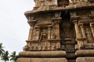 An exquisite Nataraja (Shiva in dancing pose) - Gangaikonda Cholapuram