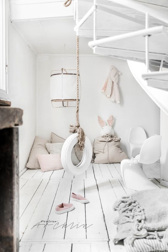 Children's bedrooms with swing