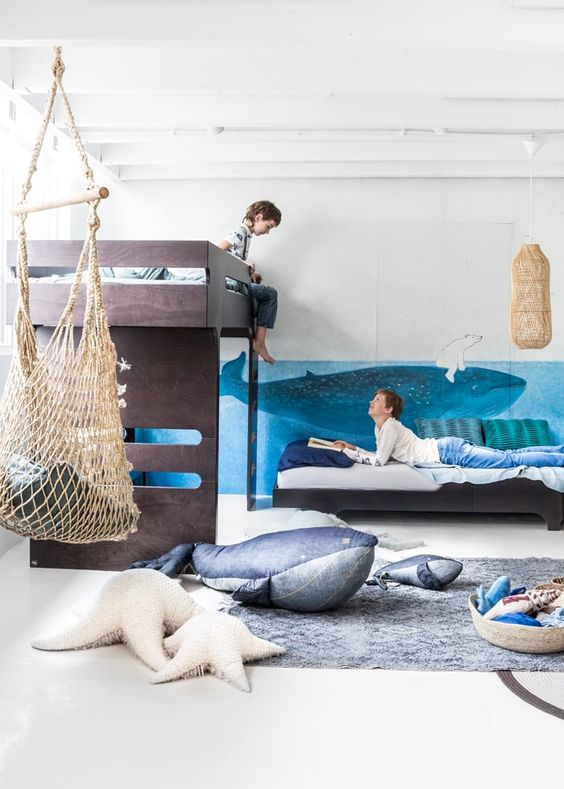 Children's bedrooms with swing