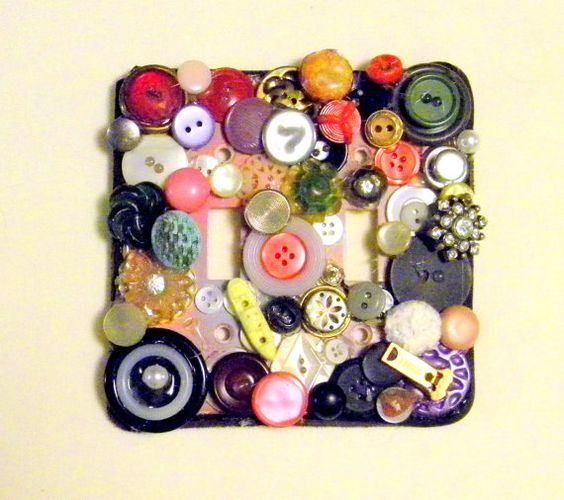 decorate plugs with buttons