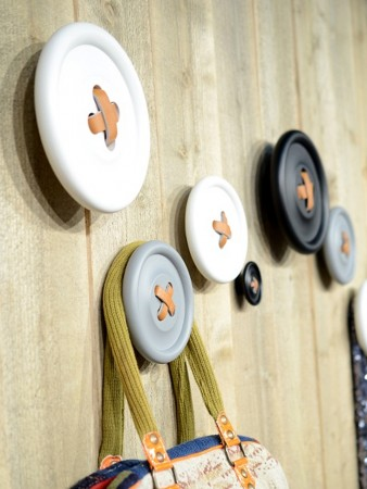 hangers with buttons