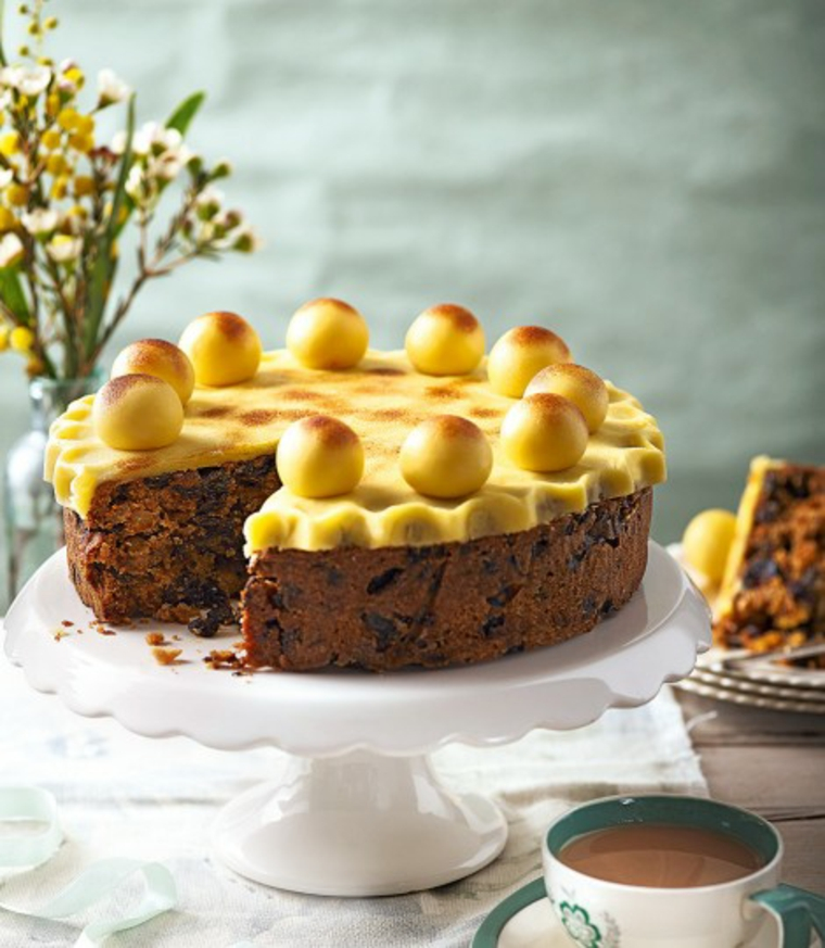 Beautiful Simnel cake for Easter